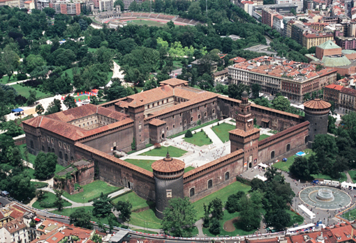Castello-Sforzesco-vista-dallalto